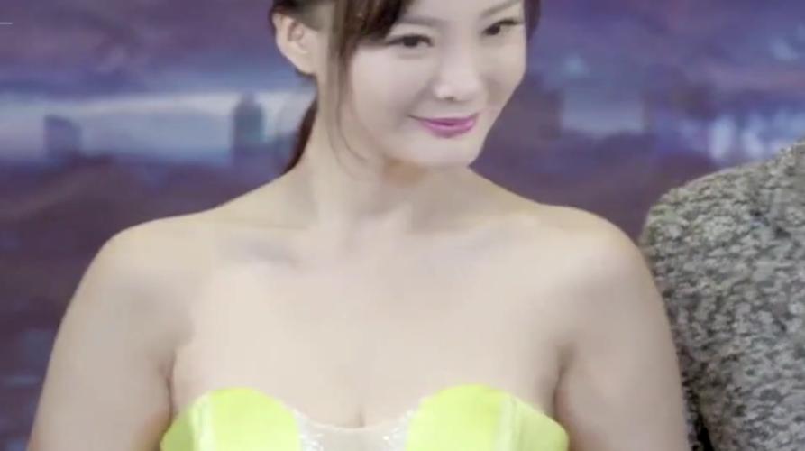 王李丹妮很精彩的一部电影,能满足你的所有的幻想!