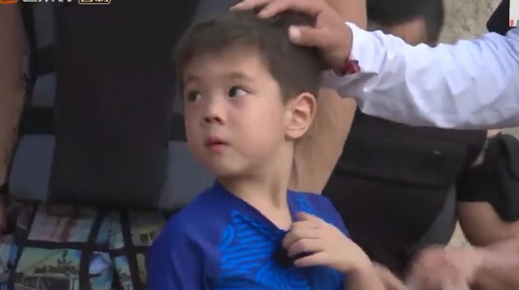 未播:帅气勇敢的小男子汉嗯哼大王上线,这一段视频圈粉无数