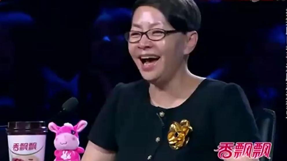 《笑傲江湖》总冠军,宋丹丹评价最高的小品,冯小刚笑抽了!